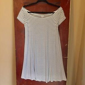 Old Navy Off The Shoulder Dress